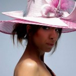 women_hat_pink_feathers-marilena_romeo
